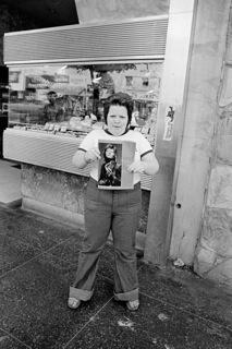 Street- Photography-Bowie-Fan