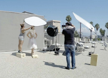 Picture-Perfect-Lighting-Diffuser-Techniques-10